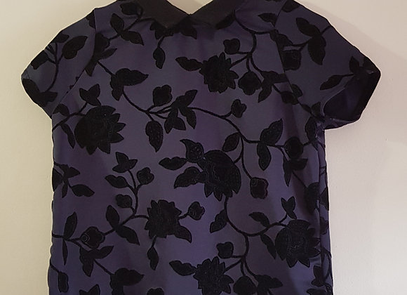 DOROTHY PERKINS Navy blouse with floral detail. Size 10