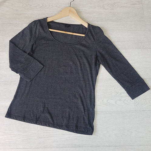 Dorothy Perkins grey cropped sleeve top. Size 12