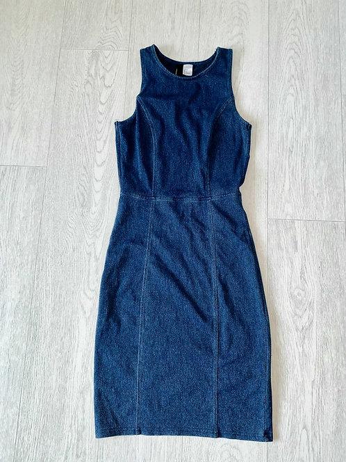 🌗H&M denim look dress. Size 6