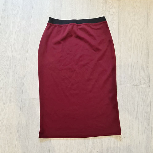 🍁Instyle burgundy pencil skirt. Size M/L