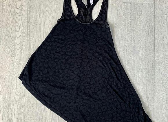 🐢Denim Co black vest top. Size 6