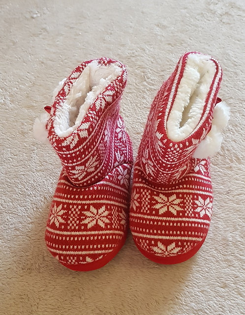 MARKS AND SPENCER Winter slipper boots. Red/white uk infant size 7