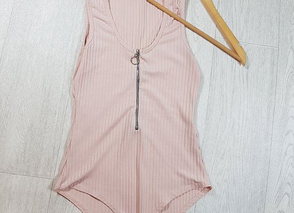 🔷️Boohoo pink ribbed bodysuit with zip up front size