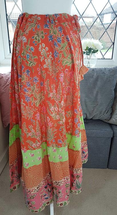 ◾The Shop A line skirt. Garden print. Size M NWT