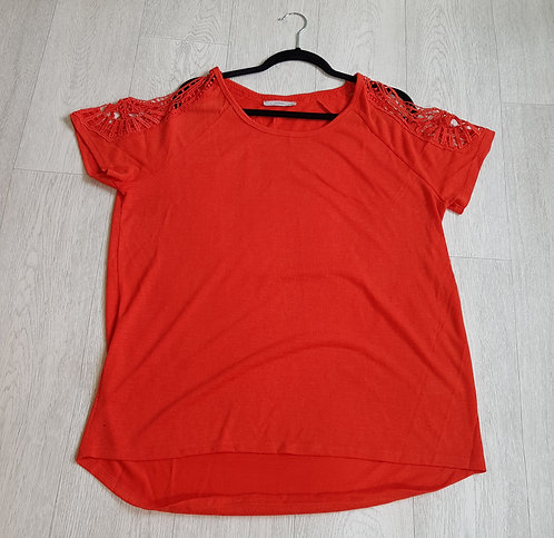 🔴George burnt orange cold shoulder t-shirt with lace detail on sleeves size 18