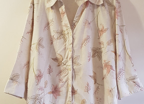 EDINBURGH WOOLLEN MILL Cream blouse. Size 20