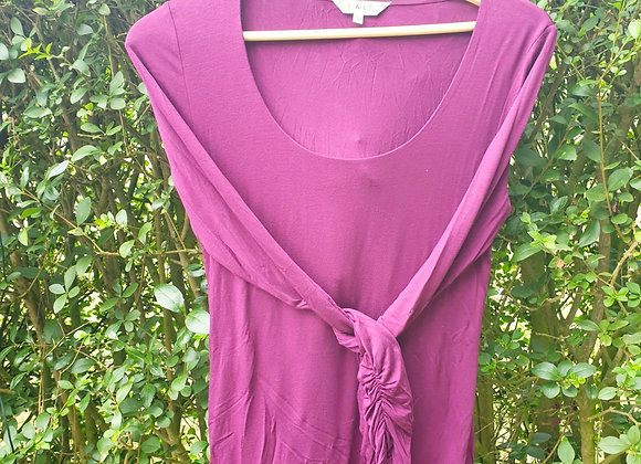 🌼East plum long sleeved top with rouched cuffs. Size 10
