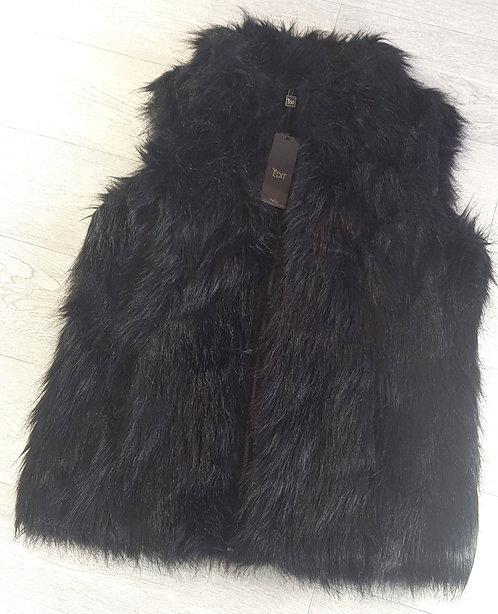 M&Co black faux fur gilet. Size 16 NWT