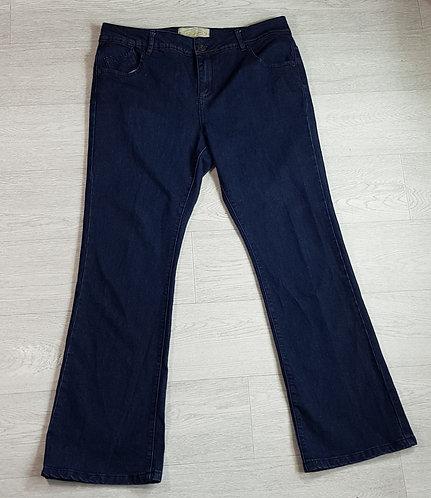 Authentic Denim bootcut jeans. Size 14 Euro 42
