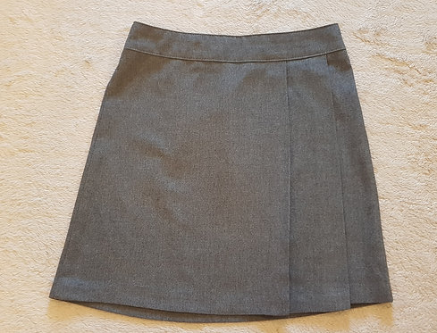 BACK TO SCHOOL Grey pleated skirt. 4-5yrs