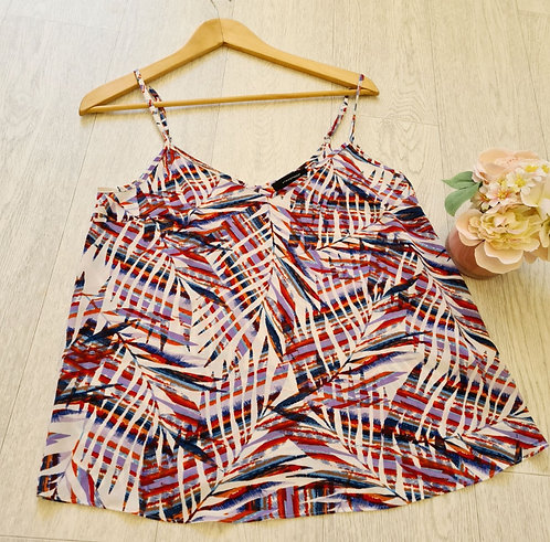 💜ATMOSPHERE patterned camisole top.  Size 10