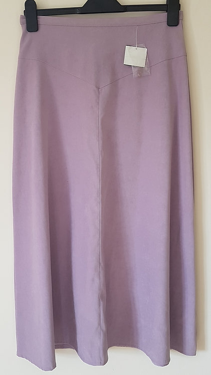 COMPLIMENTS. Grape skirt with zip up back. New with tags. Size 14.