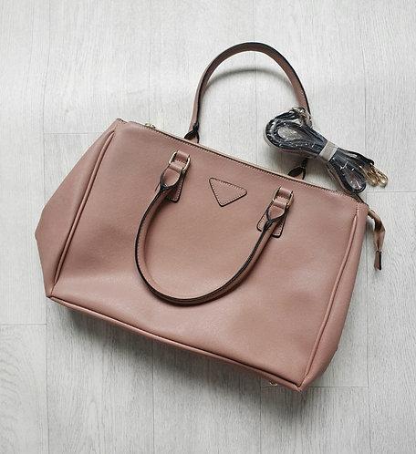 Leah Ward peach pink handbag.