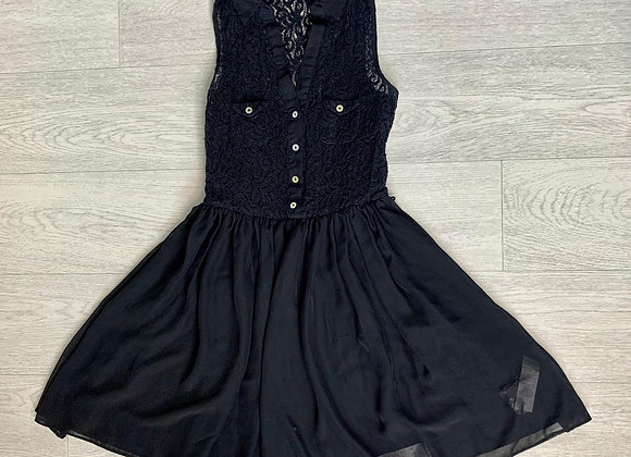 🌻ATMOSPHERE black lace top dress. Size 6