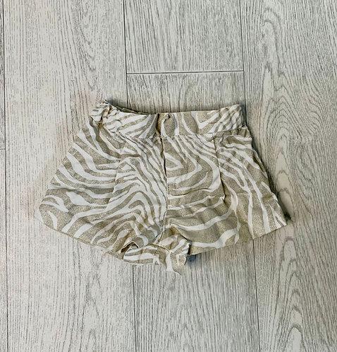 🌞Baby Gap gold print shorts. 12-18m