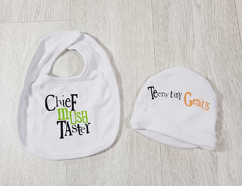◾The Bright Side hat and bib set. 0-6months