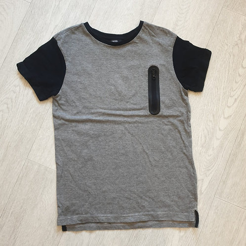 🧸George black striped t-shirt. 9-10yrs