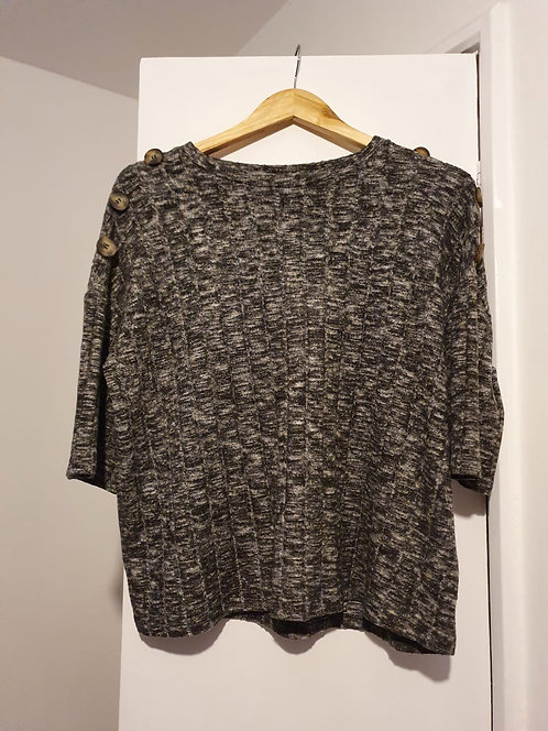 ♡F&F grey knit top with button detail. Size 10