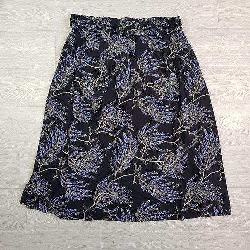 M&S navy stretch skirt. Size 20