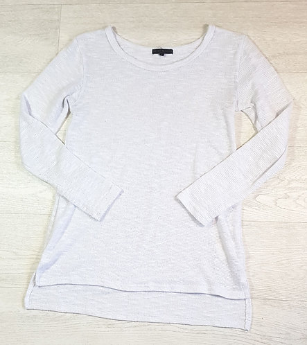 Heart & Soul white lightweight knit top. Size 8