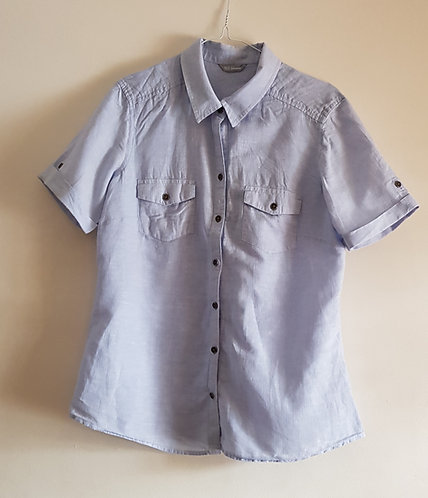 MARKS AND SPENCER Blue short sleeved shirt. Size 14 (womans)