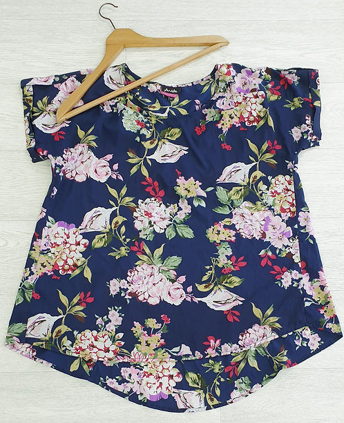 Arista navy floral chiffon top. Size 18