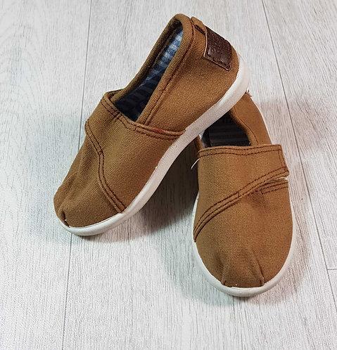 ◽Matalan brown boat shoes. Size 7