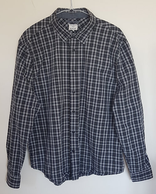 EASY. Black and white checkered shirt. Size XL. Keep away from fire.