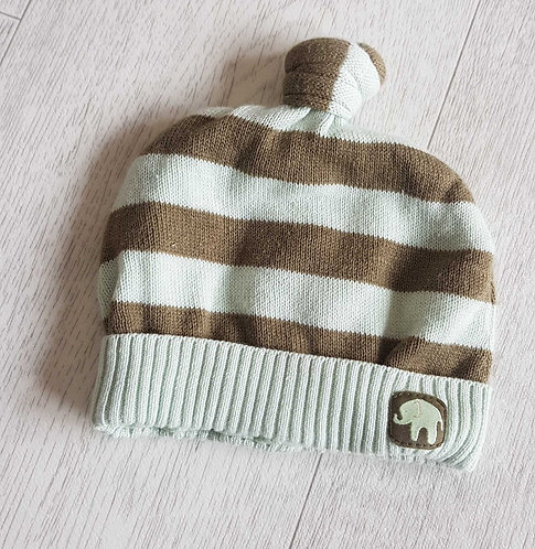 H&M green elephant hat. 0-1m
