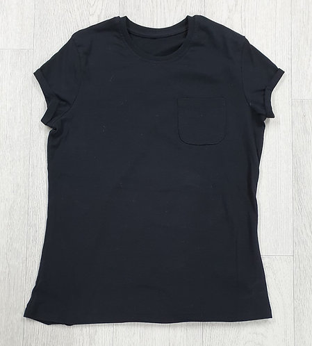 George black t-shirt. 13-14yrs