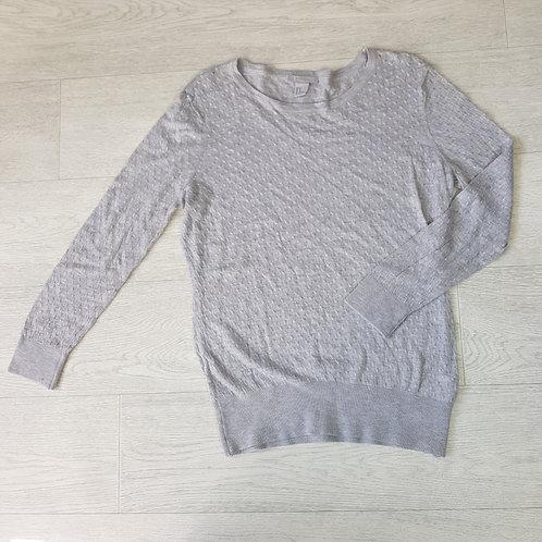 H&M grey lightweight sweater. Size M