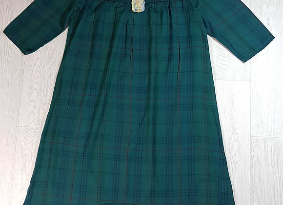 ◾April Cornell check dress with embroidery. Size S NWT