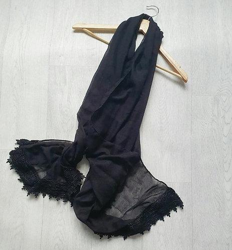 Atmosphere black scarf