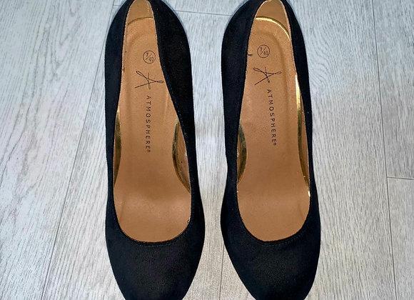 🦊Atmosphere black suede look wedge stiletto heels. Size 7/40