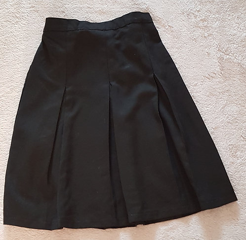 Black pleated school skirt with adjustable waist. 9-10yrs