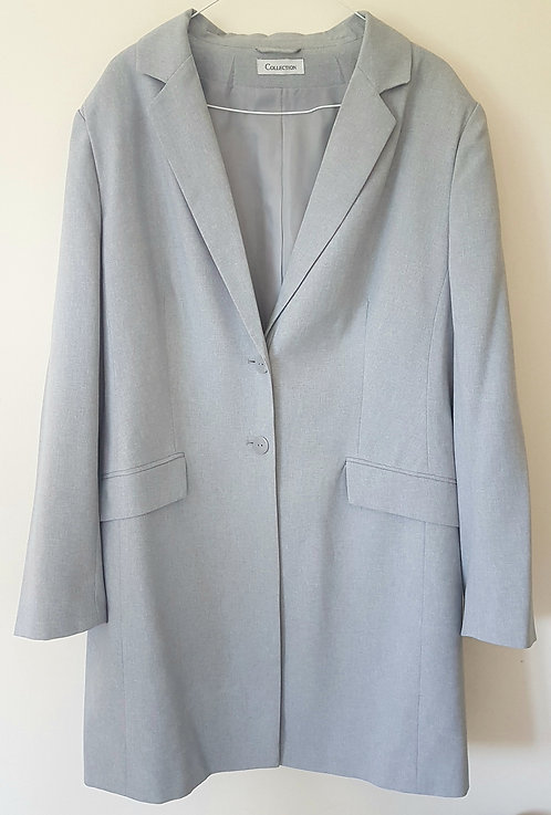 COLLECTION. Grey womems blazer with padded shoulders. Size 20.
