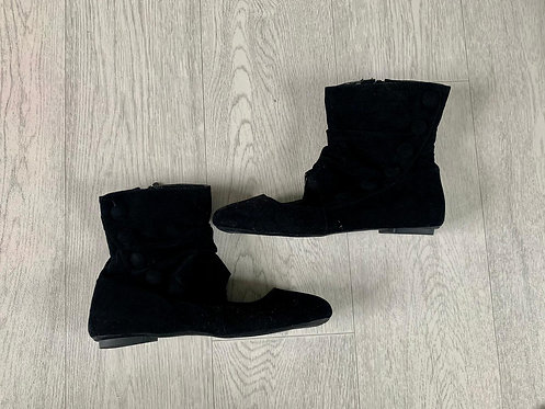 ●Black ankle boots with open front. Euro 39 NWOT