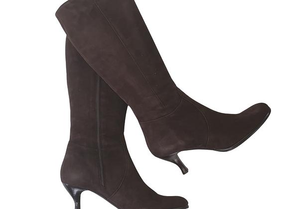 Artigiano brown suede boots. Eu 42 NWT