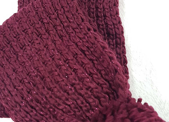 Burgundy thick knit scarf