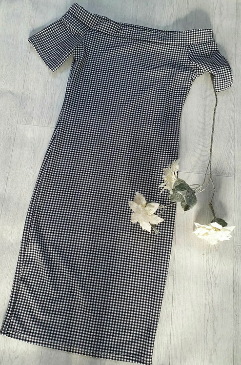Klessman gingham dress.