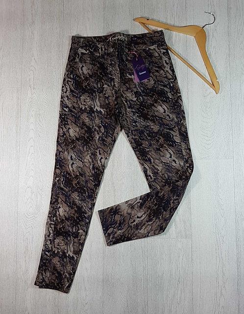 ◽M&S Twiggy skinny jeans. Size 12 Medium. New with tags