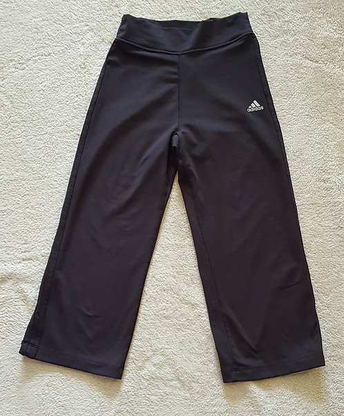 ADIDAS Black cropped sports trousers. Size S (8-10)