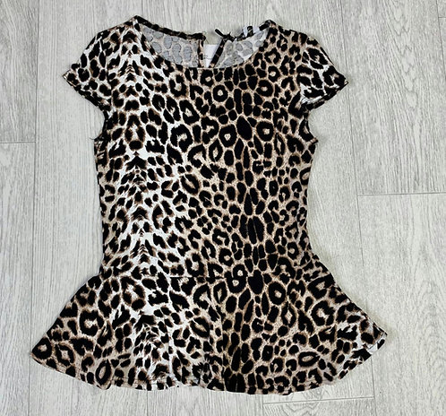 ❤New Look leopard print top. Size 8 NWT