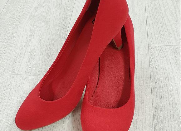 BPC red suede look heels. Euro 36 NWOT