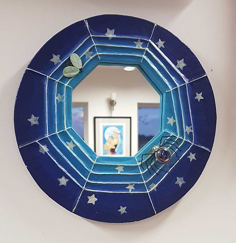 ◾Small spider mirror by Wendy Earley 30cm diameter aprox