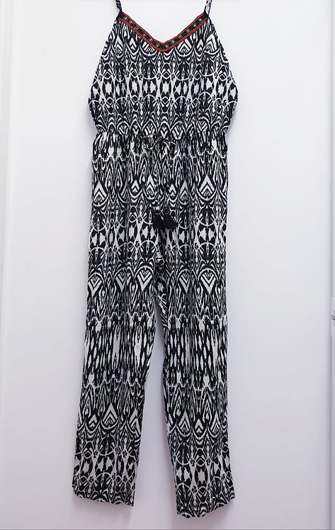 □George patterned summer jumpsuit. Size 16 NWT