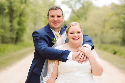 Beautiful michigan lakefront wedding. This couple booked muse weddings management package and this is their review.