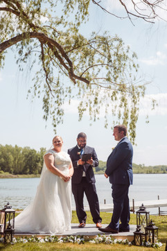 muse wedding coordinates and plans weddings in michigan