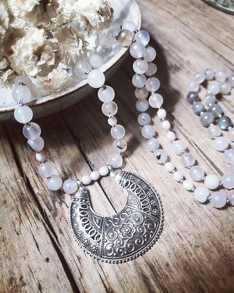 Agate Demi Lune