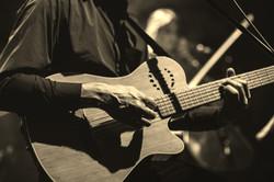 Guitare_Crédit_de_Thomas_Anouk_edited_ed